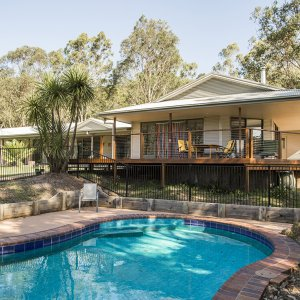 Swimming Pool & Kerewong Lodge - Horse Riding Farm NSW Australia