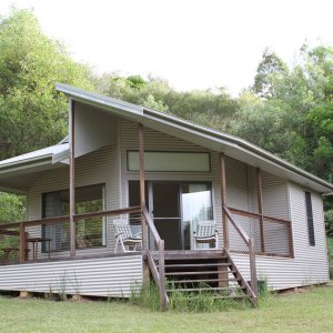 Studio Cabin Accommodation In Peaceful Australian Nature Location - Horse Treks Holiday Accommodation