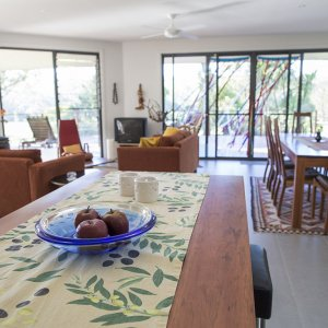 Australian NSW Horse Riding Farm Lodgings - Guest Dining