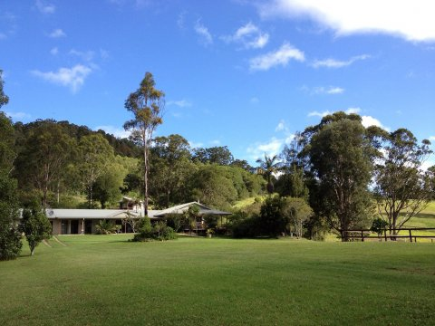 Horse Riding Farm House Lodgings - NSW Australia